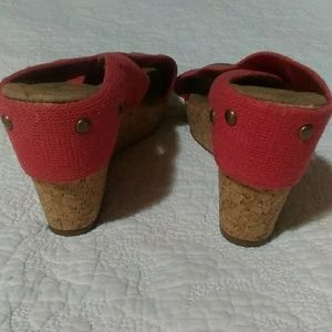 Merona Shoes - Merona Pink Coral Cork Wedge Slide Shoes sz 8.5
